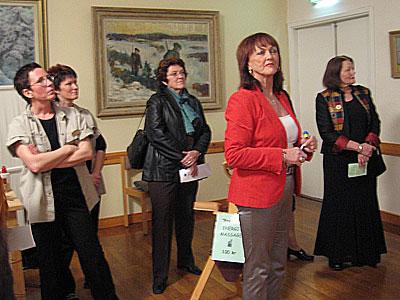 Lena Henriksson i förgrunden - Projektledare för mässan